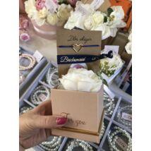 Mini virágbox koszorúslányoknak- kék