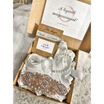 Menyasszonyi ajándékcsomag- fehér- rozé