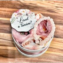 Tanú felkérő virágbox+ táblácska- rózsaszín