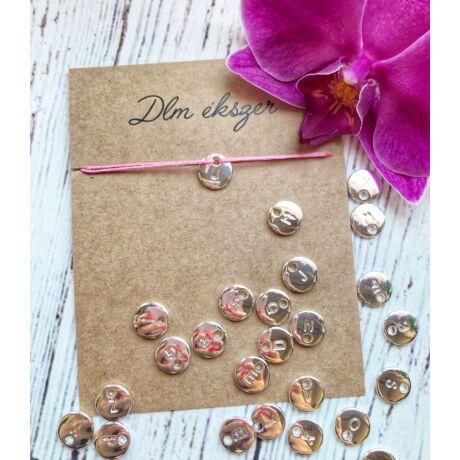 Betű medálos cérnakarkötő -Bármilyen betűvel kérheted- Rózsaszín
