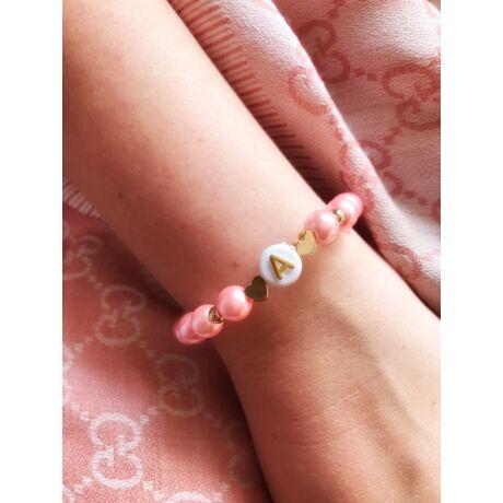 Rózsaszín betű medálos karkötő- bármilyen betűvel kérheted