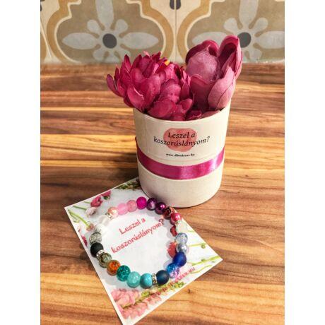 Koszorúslány felkérő virágbox- szivárvány karkötővel
