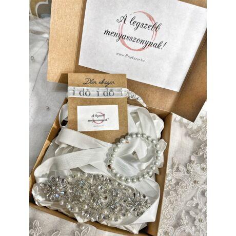 Menyasszonyi ajándékcsomag- fehér